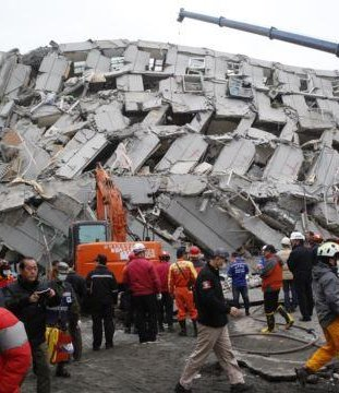 Builder of collapsed Taiwan apartment building arrested