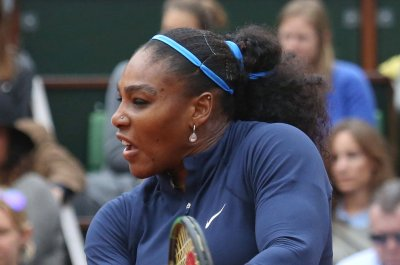 Serena Williams tops women's money list