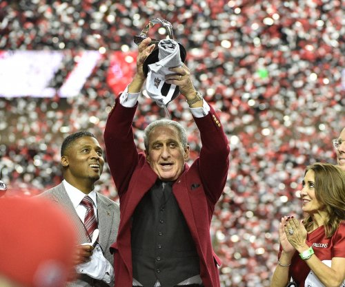 Atlanta Falcons owner Arthur Blank bringing all employees to Super Bowl 51