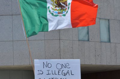 Poll: Americans' view of Mexico relations at new low