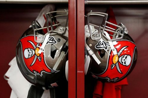 Tampa Bay Buccaneers sign DT Drew Iddings, waive another