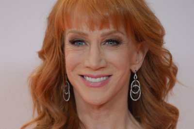 Kathy Griffin says her mom has dementia: 'I'm still grappling with it'
