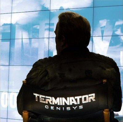 Arnold Schwarzenegger announces 'Terminator Genisys'