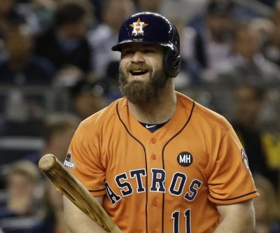 Houston Astros lose Evan Gattis for 4-6 weeks after hernia surgery
