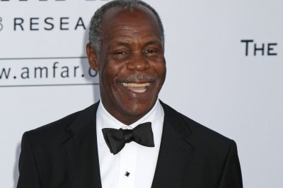 Danny Glover on Bernie Sanders: We have never had this opportunity before in America