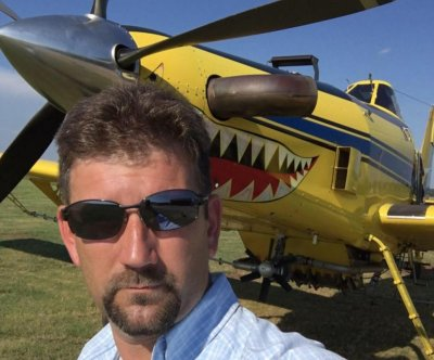 Nebraska pilot dies in crop duster crash