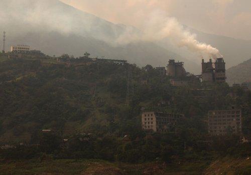 China boasts its emissions reduction