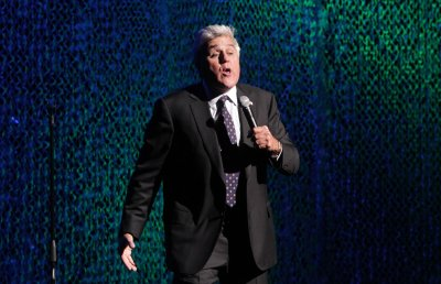 NBC hopes Leno will stay post-Fallon as comedian emeritus