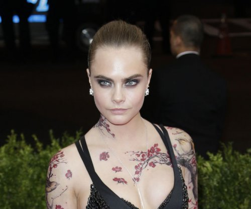 Cara Delevingne voices support for same-sex relationships