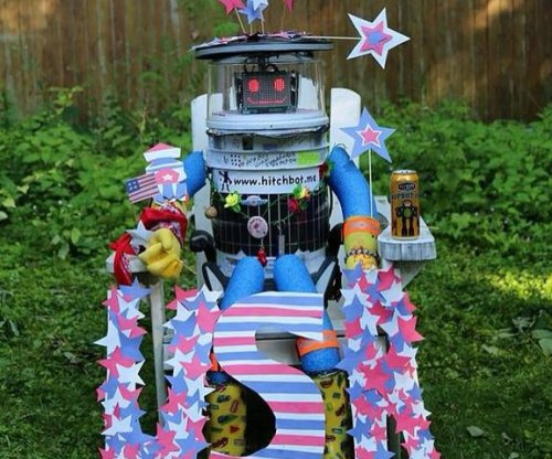 Hitchhiking robot begins journey across U.S.