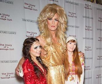 Alexander Skarsgard dresses in drag for film's premiere