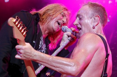 Def Leppard, Poison and Tesla announce tour