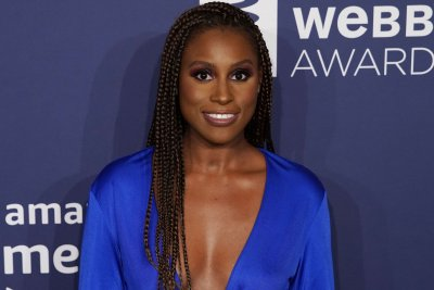 Issa Rae was inspired by hip-hop for comedic award speech: 'I deserve this'