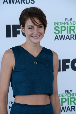 Shailene Woodley says Jennifer Lawrence convinced her to film 'Divergent'