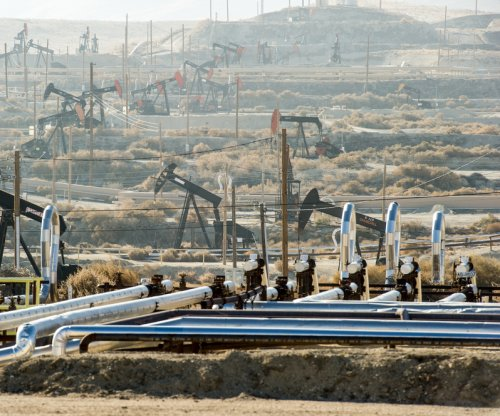 Encana latest to trim 2016 budget