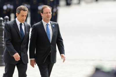 Nicolas Sarkozy announces bid to retake French presidency