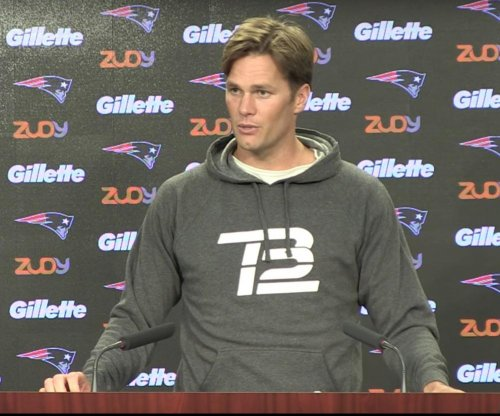 Tom Brady's haircut beckons Twitter trolls
