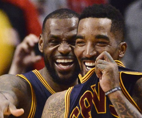 LeBron James, Cleveland Cavaliers steamroll Boston Celtics to take 2-0 lead