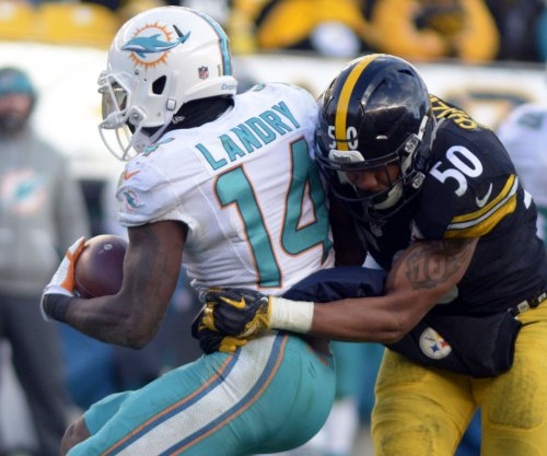 Miami Dolphins receiver Jarvis Landry: Contract talks progressing slowly