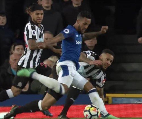Theo Walcott scores lone goal in Everton win vs. Newcastle