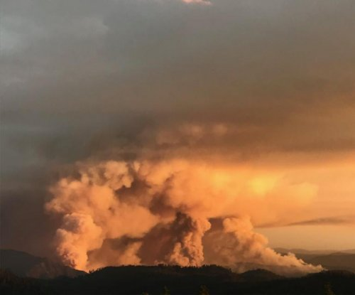 Yosemite wildfire increases to 12,500 acres