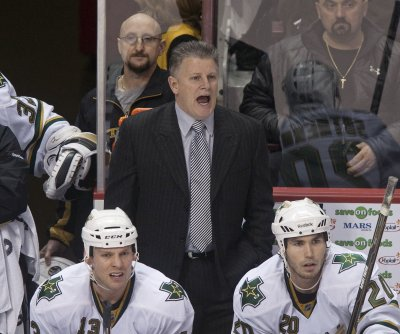 Blackhawks to reinstate assistant coach Marc Crawford after investigation into abuse