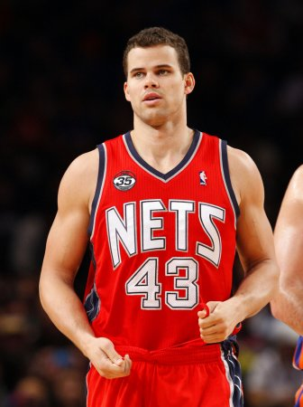 Humphries, superstars make 'dislike' poll