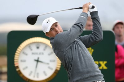Spieth one back in Open Championship after 66