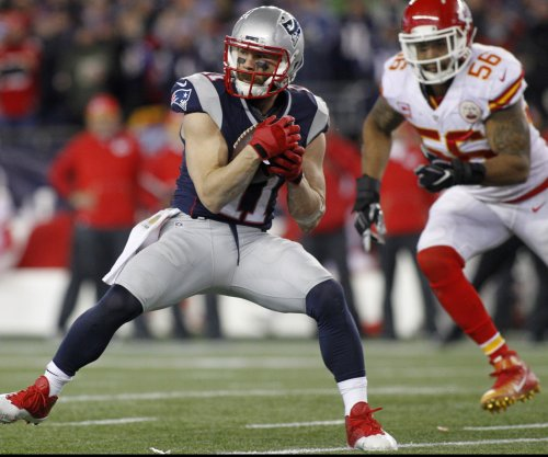 New England Patriots WR Julian Edelman produces in return from surgery