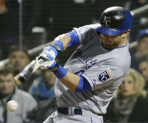 Kansas City Royals lose OF Alex Gordon to broken hand
