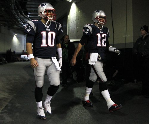 Jimmy Garoppolo, Tom Brady share New England Patriots' first-team reps