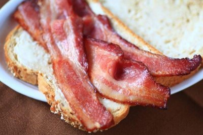 Red and processed meats linked to liver woes