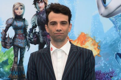 Jay Baruchel to host Canadian competition series 'LOL' for Amazon