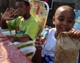 Detroit boy sells lemonade for the city
