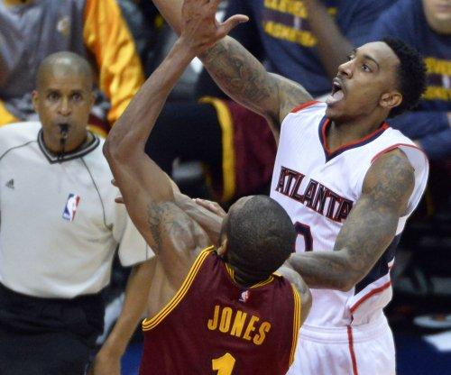 Atlanta Hawks top Cleveland Cavaliers; LeBron James sits