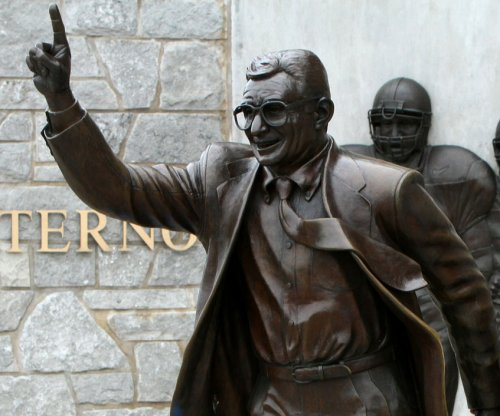 Penn State hockey nixes '409' sticker celebrating Joe Paterno's restored football wins