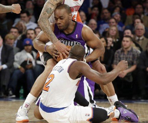 Sacramento Kings trade Stauskas, Landry, Thompson to Philadelphia 76ers