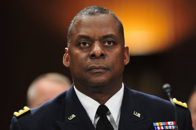 CENTCOM commander: '4 or 5' U.S.-trained Syrians fighting Islamic State