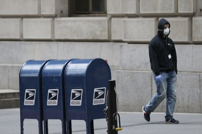 USPS halts removal of collection boxes