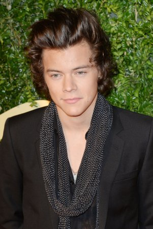 Harry Styles spotted leaving NYC hotel with Kendall Jenner