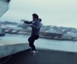 Taylor Lautner does parkour in new 'Tracers' trailer