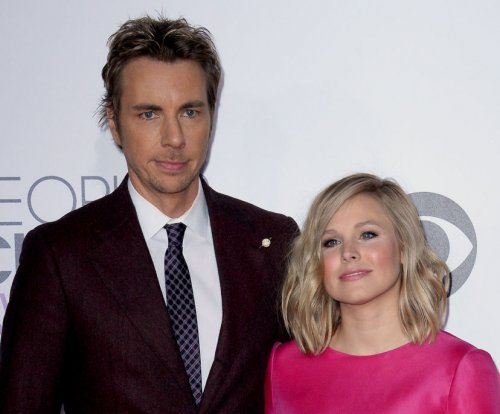 Dax Shepard recounts Kristen Bell's 'car crash' C-section