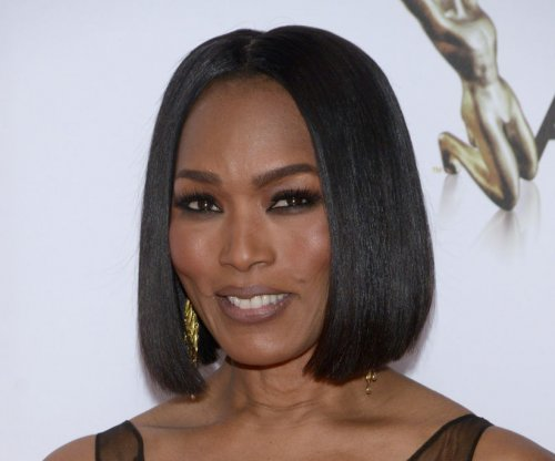 Angela Bassett to return for 'American Horror Story: Hotel'