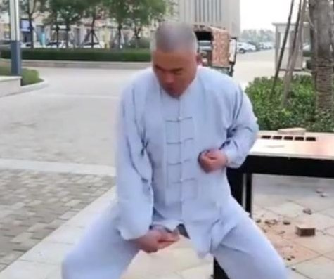 'Iron Crotch Kung Fu Master' shows off ability to take groin hits