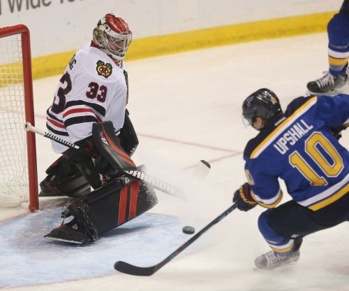 Carolina Hurricanes ink former Chicago Blackhawks G Scott Darling to 4-year, $16.6 million deal