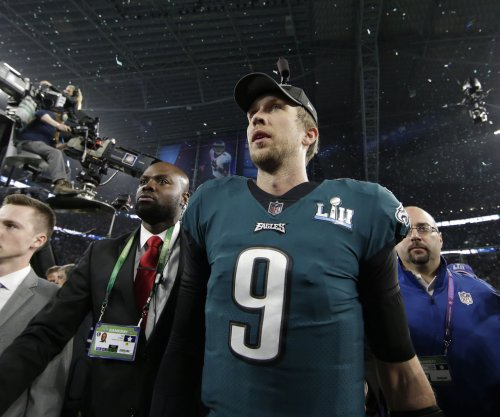 Philadelphia Eagles QB Nick Foles denies report of vetoing trade to Browns