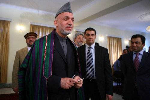 Powerful Afghan governor opposes Karzai