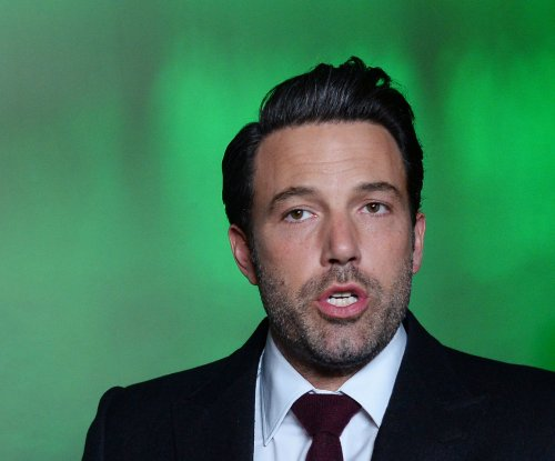 Ben Affleck to receive humanitarian honor at People's Choice Awards