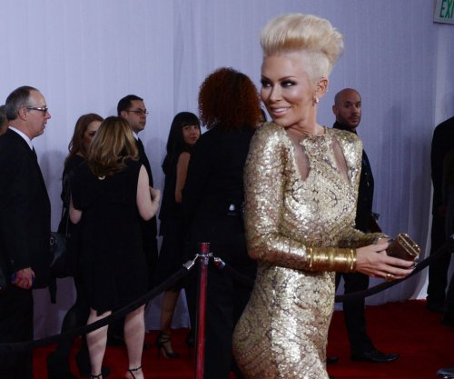 Former porn star Jenna Jameson is converting from Catholicism to Judaism