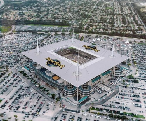 Miami Dolphins: Hard Rock buys stadium name rights